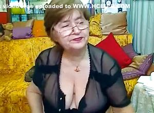 Straight,brunette,big tits,grannies,solo,webcam