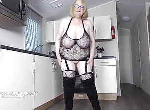 mature,british,granny,hd videos,big congenital tits,big Tits,big ass,pussy