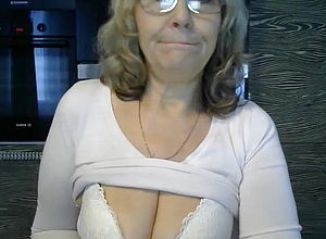 Amateur,mature,shower,tits,granny,big inborn Fun bags