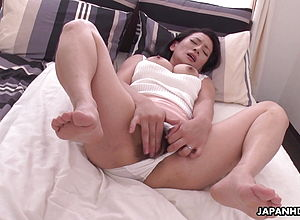 asian,brunette,close up,hairy,mature,japanese,orgasm,big tits,pussy