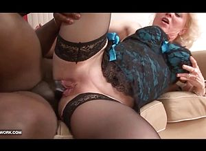 ebony and ebony,granny,hardcore,interracial,sucking,doggy Style,cumshot