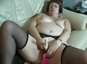Amateur,grannies,masturbation,mature