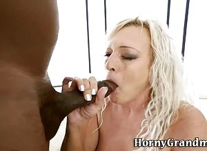 interracial,blowjobs,hardcore,granny,sucking