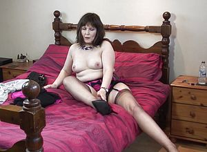 mature,mature Amateur,british,granny