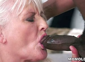 granny,milf,black And Ebony,matures,outdoor