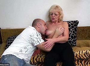 amateur,doggystyle,granny,hairy,hardcore,oldyoung
