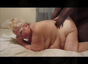 Mature,milf,granny,hd videos,dogging