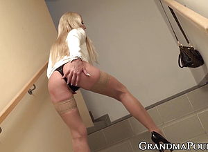 Blonde,blowjob,fingering,stockings,old amp,young,granny,hd Videos,cum in mouth,high high heeled slippers