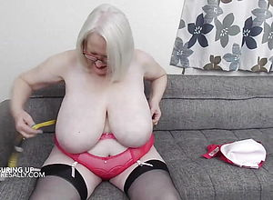 blonde,mature,tits,british,granny,hd Videos,big innate tits,big melons