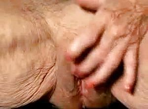 close up,mature,granny,pussy