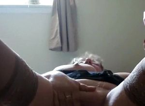 straight,grannies,solo,amateur,big tits,stockings,fetish,toys,masturbation,close Up