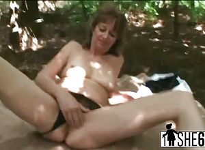 Blowjobs,brunette,matures,granny,tits,fingering,shaved,outdoor
