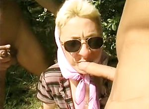 straight,grannies,outdoor,threesome,fetish,big penis
