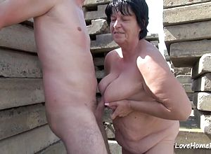 amateur,licking,granny,riding