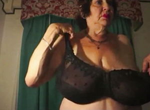 Facial,granny,hd Videos