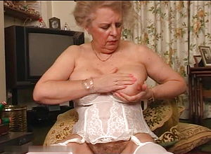 Mature,vintage,british,granny,orgasm,vibrator,girl masturbating,homemade