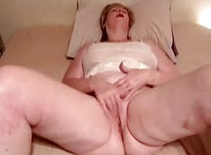 Straight,grannies,masturbation,solo,close Up