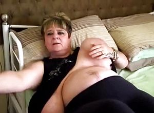 thick Tits,big all natural tits,grannies