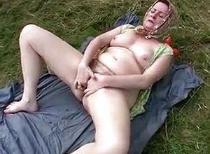 straight,outdoor,grannies,toys,masturbation,blowjob