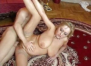 cougar,grannies,milfs,mature