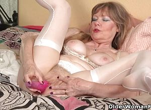 Cougar,granny,milf,matures,fetish,nylons,sex toys,lingerie