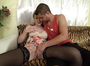amateur,mature,old amp,young,granny,hd Videos,mature nl
