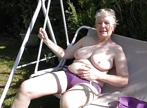 amateur,big tits,granny,matures