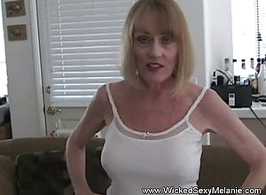 amateur,blowjobs,matures,milf,granny,wife,swingers